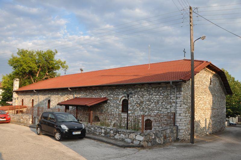 Παναγία της Πετρούσας. Η ιστορία ενός ναού που «σταυρώθηκε» και «αναστήθηκε»